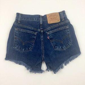 LEVI STRAUSS Cut Off Distressed Blue Jean Shorts